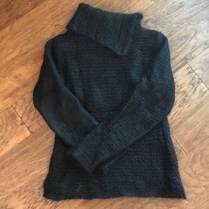 FREE PEOPLE women's sweater knit black split neck